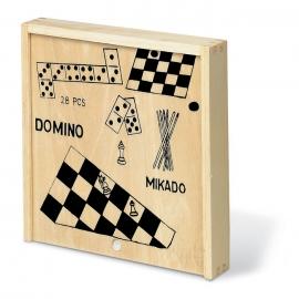 Caja con 4 juegos